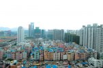 Gangxia Village, in the heart of Shenzhen's central business district. (...)