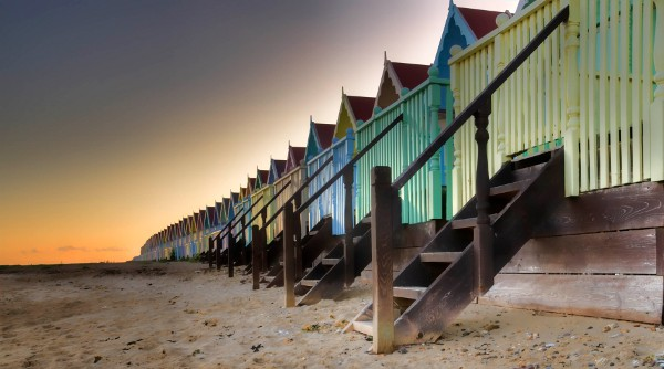 Beach huts, Mersea Island, Essex, UK (cc) Andrea Abbott